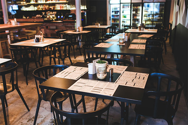 restaurant using black dining table and chairs
